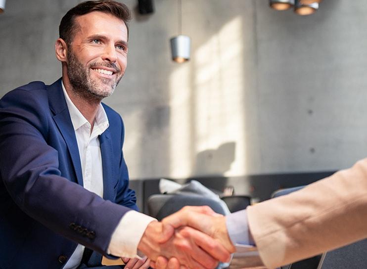 dedicated-account-manager-handshake